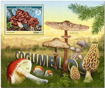 n° 1293 - Timbre GUINEE-BISSAU Blocs et feuillets