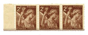 n°653a** - Timbre France Poste