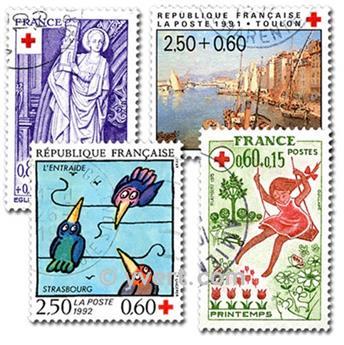 CRUZ ROJA: lote de 100 sellos