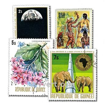 GUINEA: envelope of 100 stamps